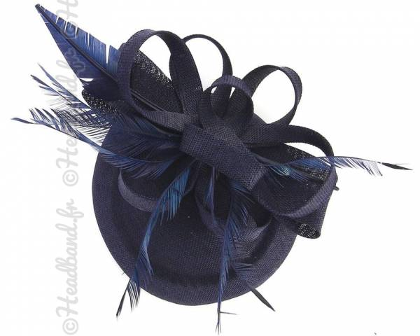 Chapeau chic grande plume bleu marine