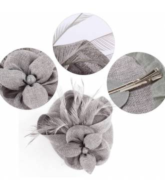 Chapeau cérémonie à plumes gris