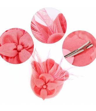 Chapeau cérémonie à plumes rose