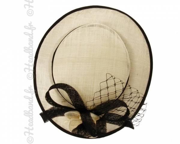 Chapeau bicolore voilette et fleur