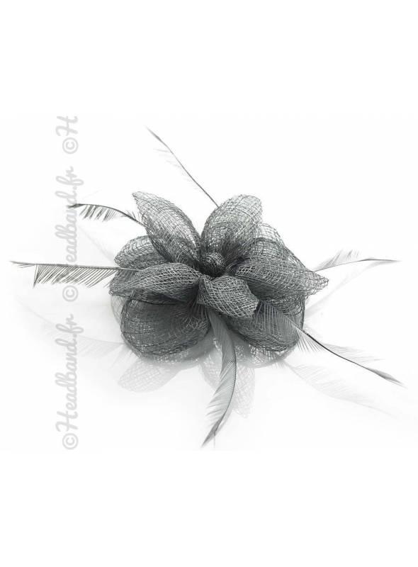 Barrette à plumes raffinée gris