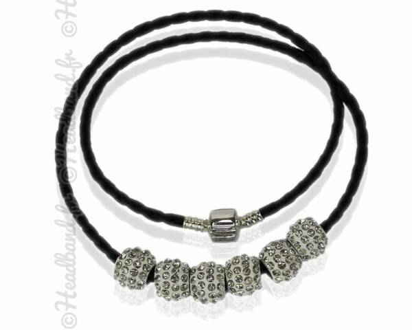 Collier torsadé simili cuir perles strass blanc