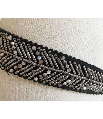 Bandeau large à perles grises zoom