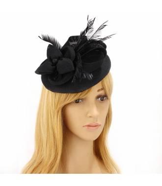Chapeau cérémonie à plumes noir