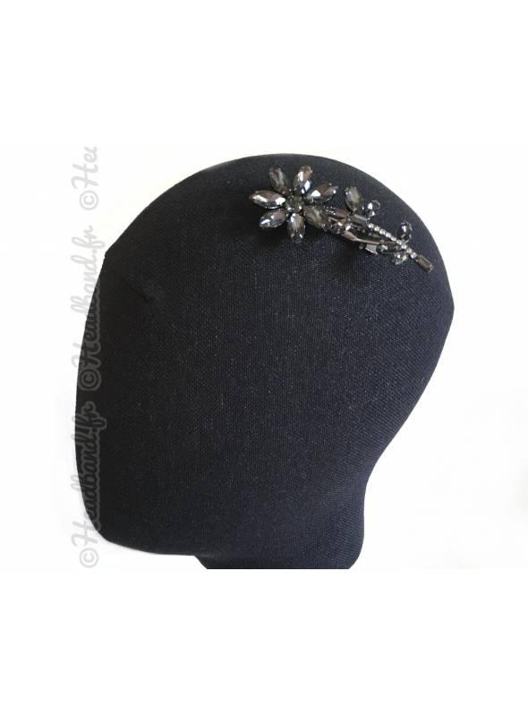 Pince cristaux épi fleur grise