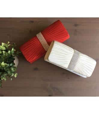 Pochette cérémonie satin rangée de strass rouge