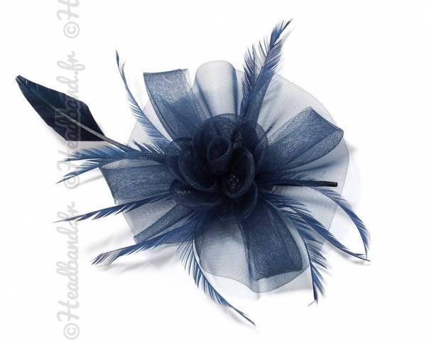 Grande coiffe en tulle mariage bleu marine
