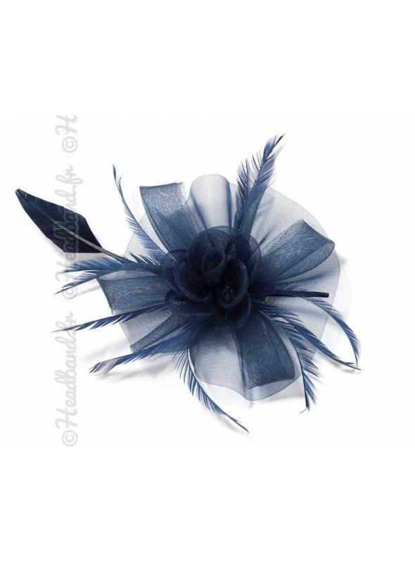 Grande coiffe en tulle mariage bleue