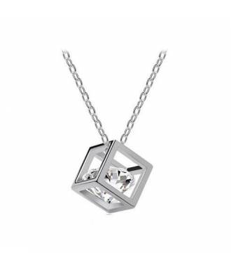 Collier pendentif forme cube strass blanc