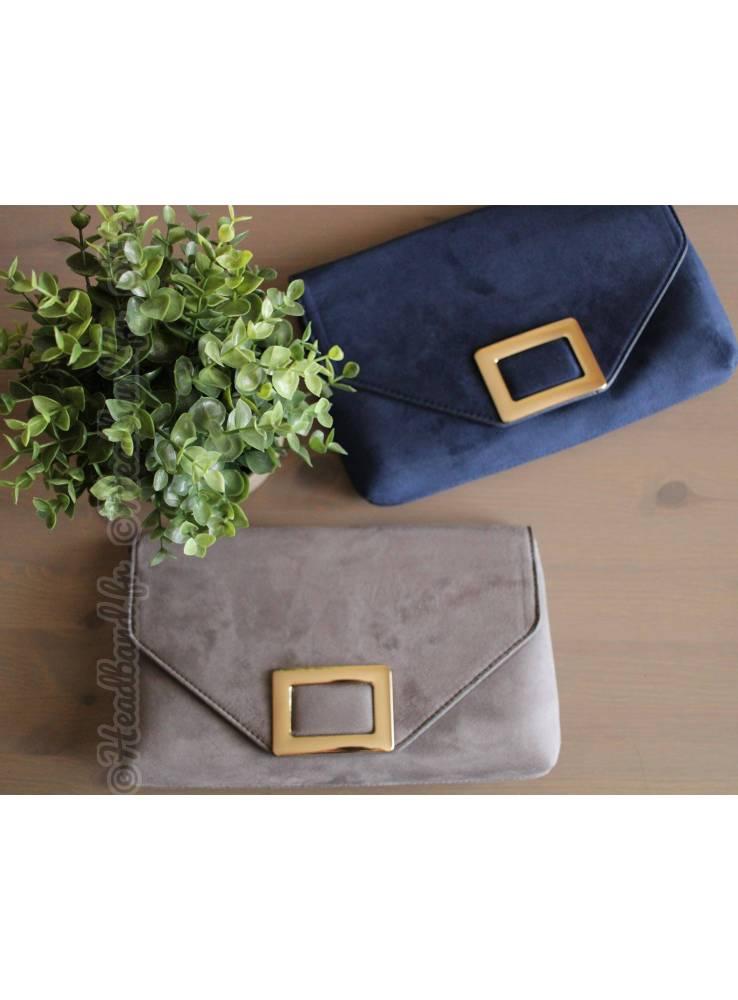72a5ca7875 Pochette suédine bleu fermoir rectangle métal