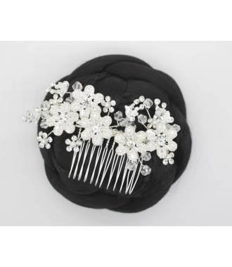 Coiffe fleur raffinée perles Marilou
