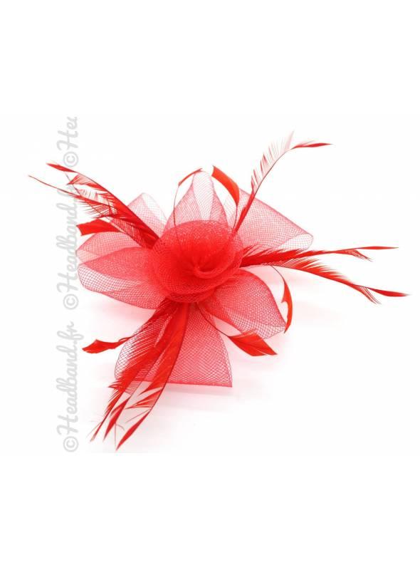 Petit bibi tulle monté sur pince rouge