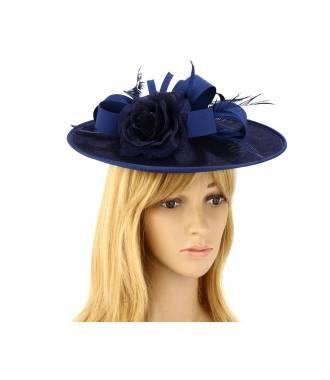 Chapeau mariage orné de plumes bleu