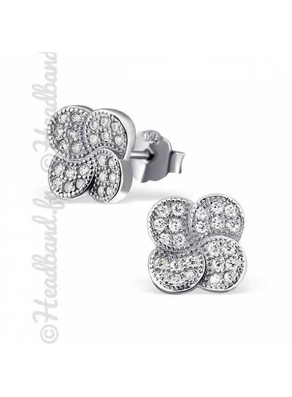 Boucles d'oreilles fleur micro-pavée argent massif