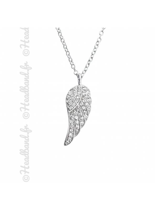 Collier pendentif aile avec cristaux argent