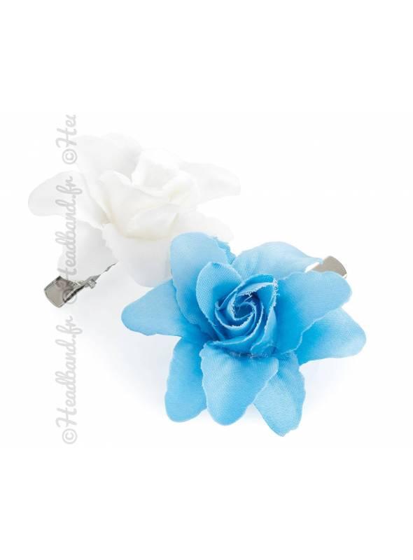 Pinces fleuries enfant tissu bleu et blanc