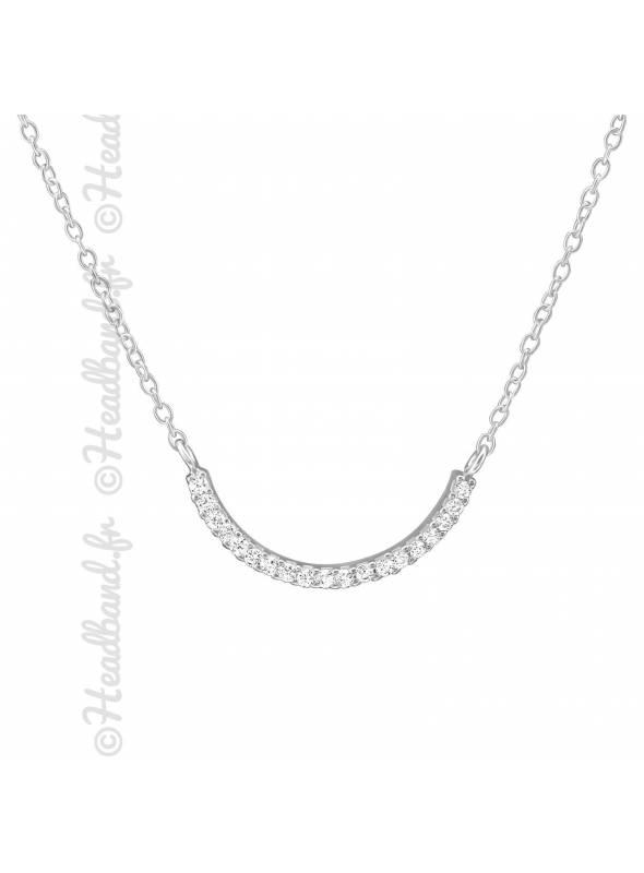Collier incurvé pavé de cristaux blanc en argent