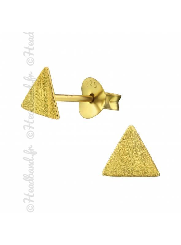 Clous d'oreilles triangle texturée plaqué or