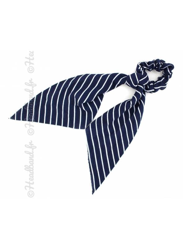 Chouchou ruban motif rayé bleu et blanc