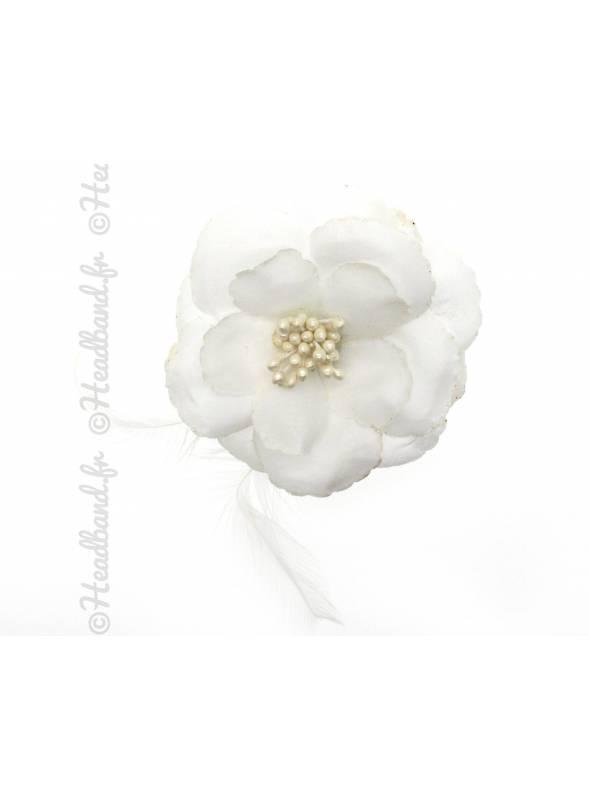 Barrette fleur et plume blanche