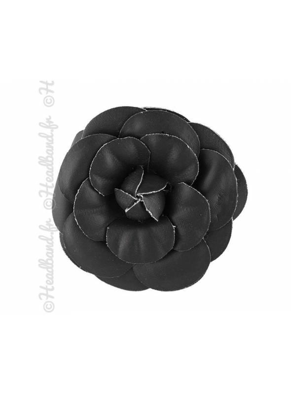 Pince fleur noir en simili cuir