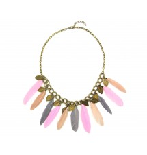 Collier à plumes multicolore