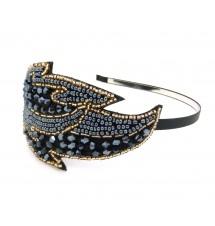 Serre-tête feuille perlée bleue porté