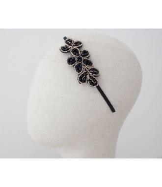 Serre-tête fleur perlé noir porté