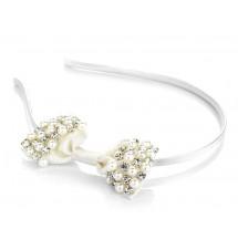 Serre-tête noeud et perles ivoire porté