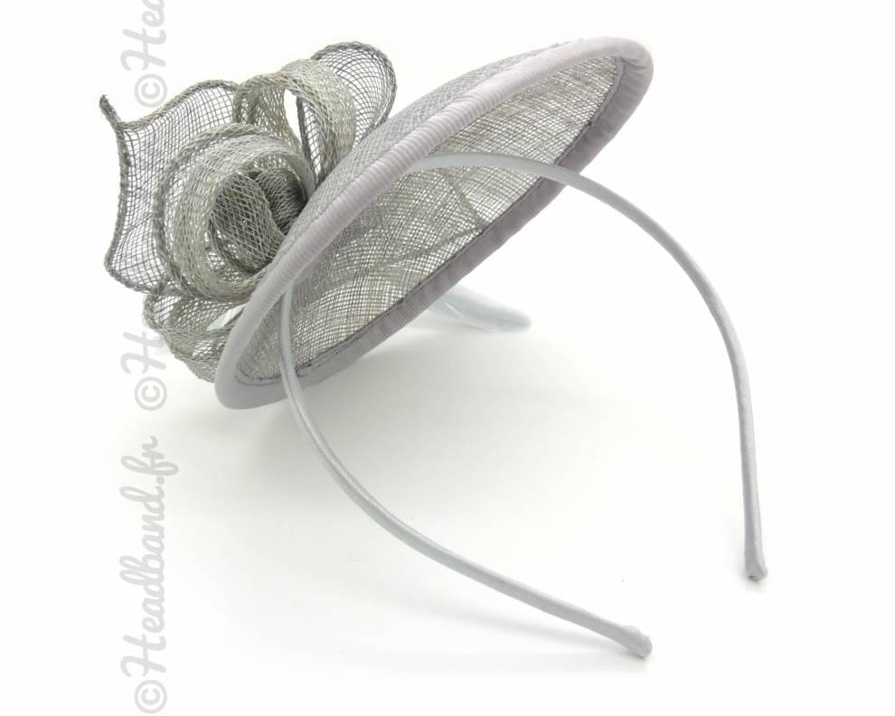 serre tte chapeau gris dos - Serre Tete Chapeau Mariage