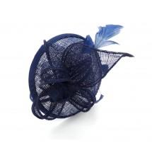 Serre-tête chapeau bleu porté