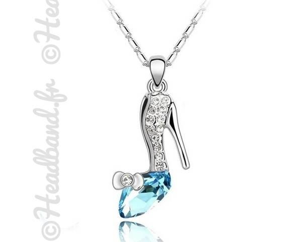 Collier escarpin bijou bleu