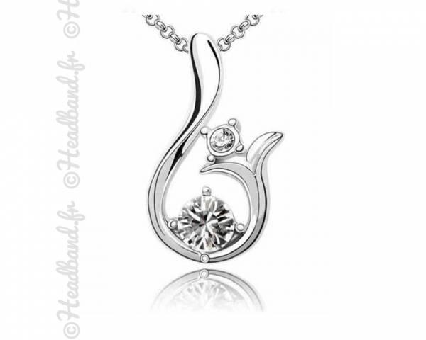 Collier bijoux lys cristal blanc