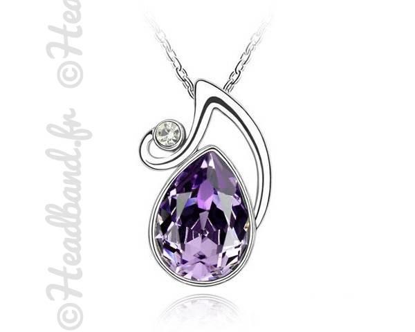 Collier médaillon cristal violet