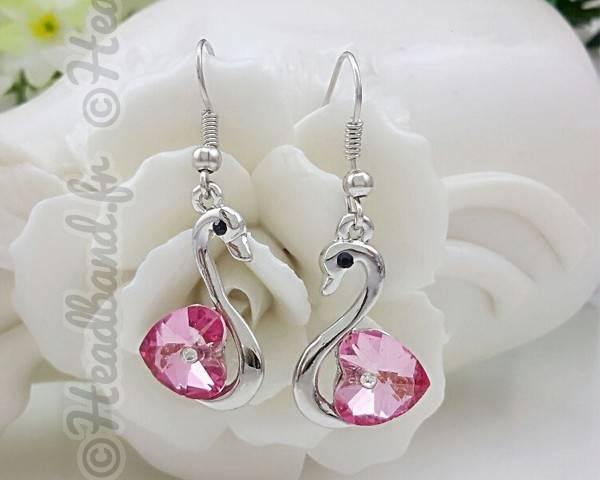 Boucles d'oreille pendentif cygne rose