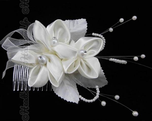 Coiffe mariée trio de fleurs