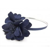 Serre-tête fleur chiffon bleu marine porté
