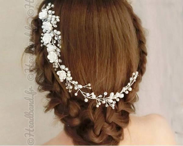 Peigne somptueux fleurs blanches