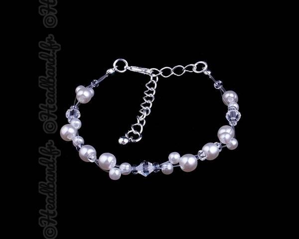 Bracelet fin en perles blanches