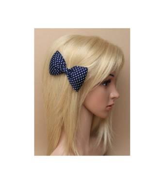 Barrette noeud pois bleue porté