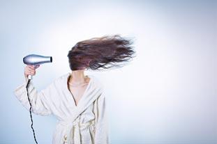 Les cheveux électriques